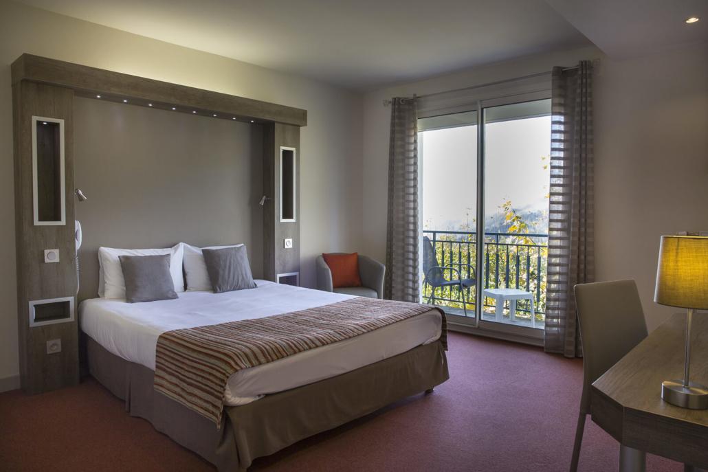 Suite de l'Hôtel les Mésanges - Uriage-les-Bains