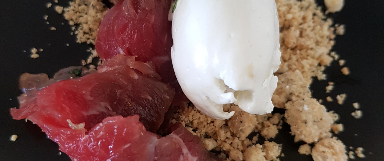 Restaurant - Plat - Le tataki de boeuf et sa crème wasabi